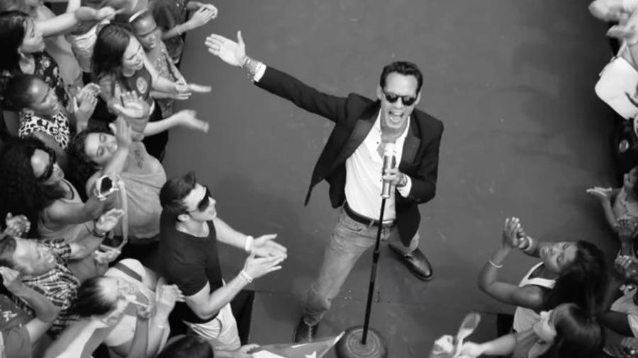 Marc Anthony en Vivir MI Vida