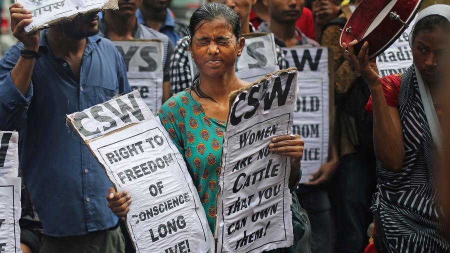 Protestas en la India contra los matrimonios arreglados
