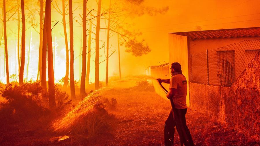 El número de muertos por los incendios en Portugal supera la treintena