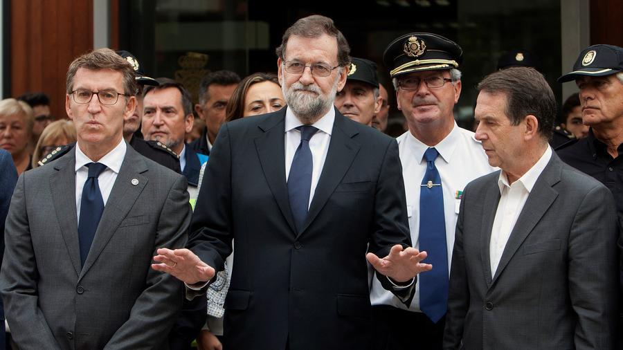 Rajoy preside el minuto de silencio en Vigo por las víctimas de los incendios en Galicia
