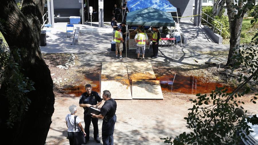 La policía en el Centro de Rehabilitación Hollywood Hills, Florida.
