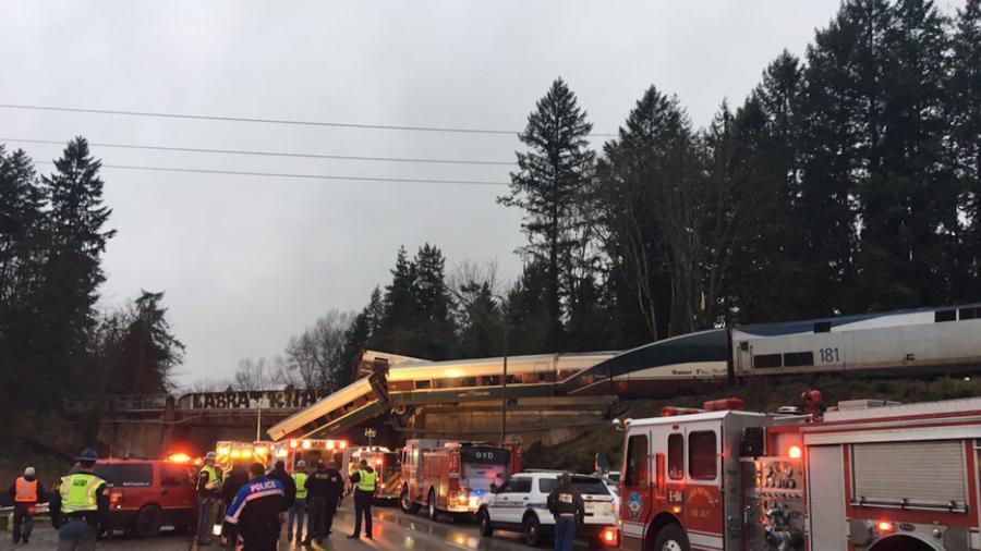 Descarrila un tren en el estado de Washington.