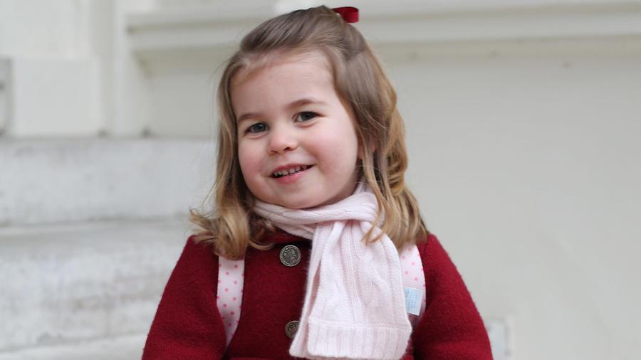 La princesa Carlota, hija de los duques de Cambridge, en su primer día de guardería el lunes 8 de enero del 2018