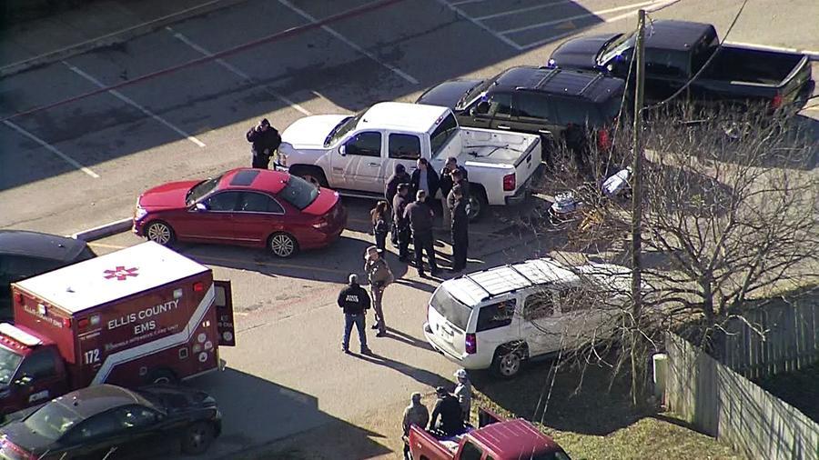 Imagen de la Escuela Italia en Texas tras el tiroteo.