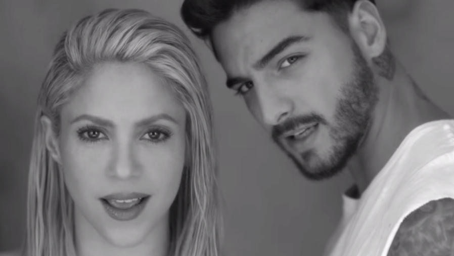 Shakira con Maluma en el video de Trap