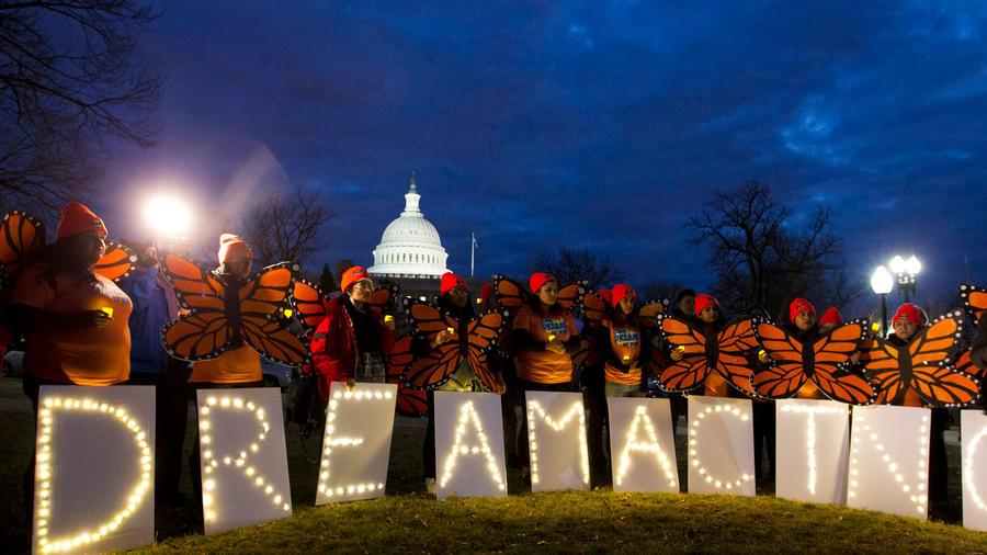 Protestas de soñadores ante el Capitolio de EEUU.