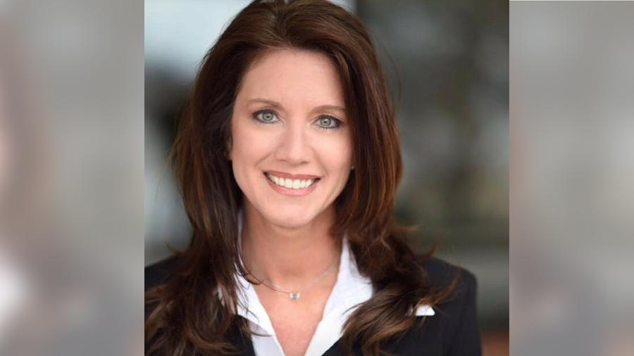 En el accidente que sufrió, Lisa Holman se rompió una clavícula, seis costillas, un brazo y se fracturó la vértebra C7.
