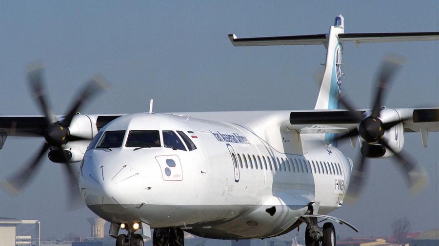 Un avión ATR-72 como el que se ha estrellado este domingo en Irán, en una imagen de archivo.