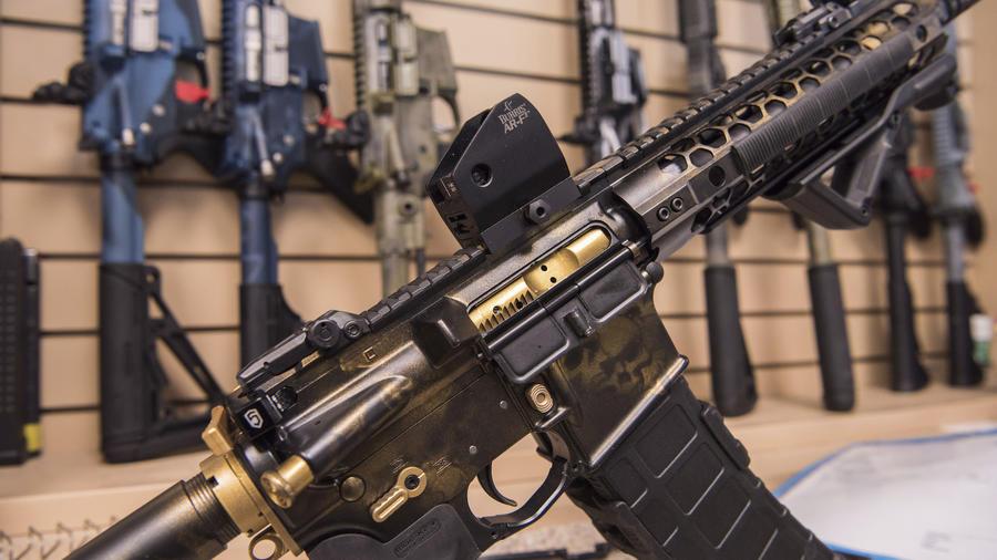 Un rifle AR-15, en una imagen de archivo de 2017.