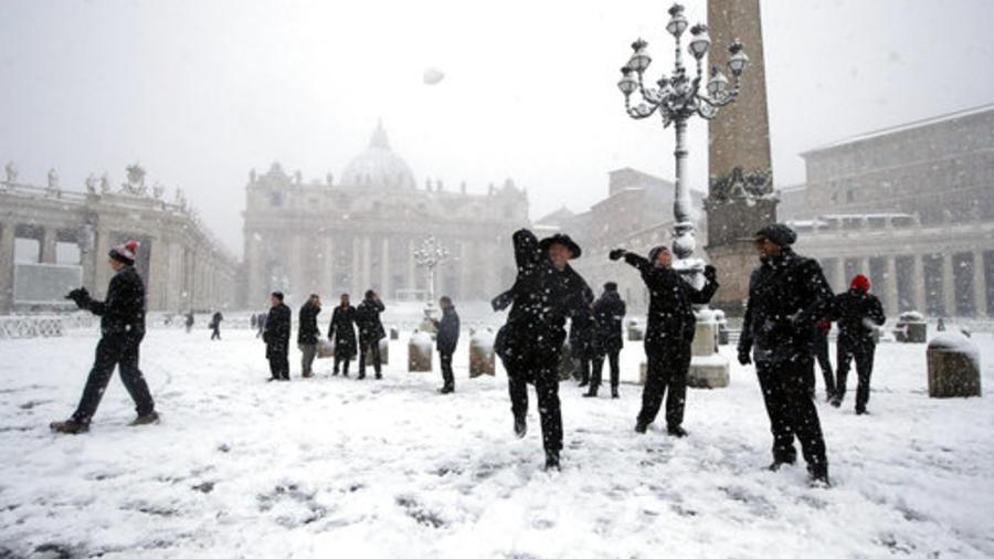 Intensa nevada en Roma