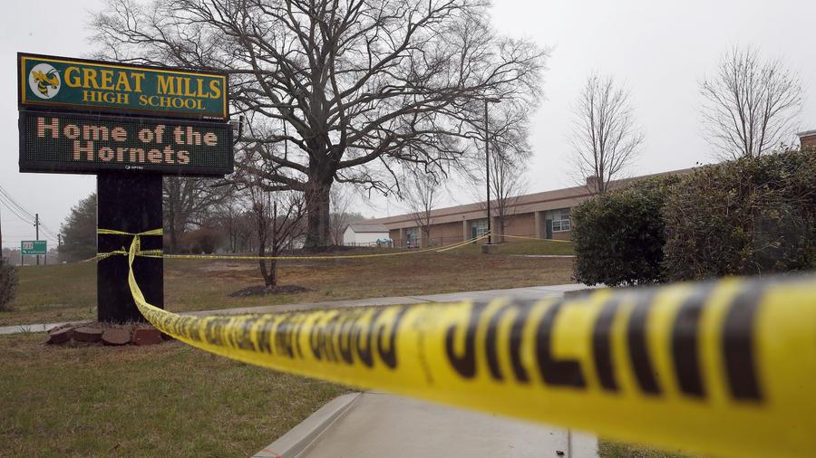 Escuela de Great Mills tras el tiroteo en Maryland este martes.