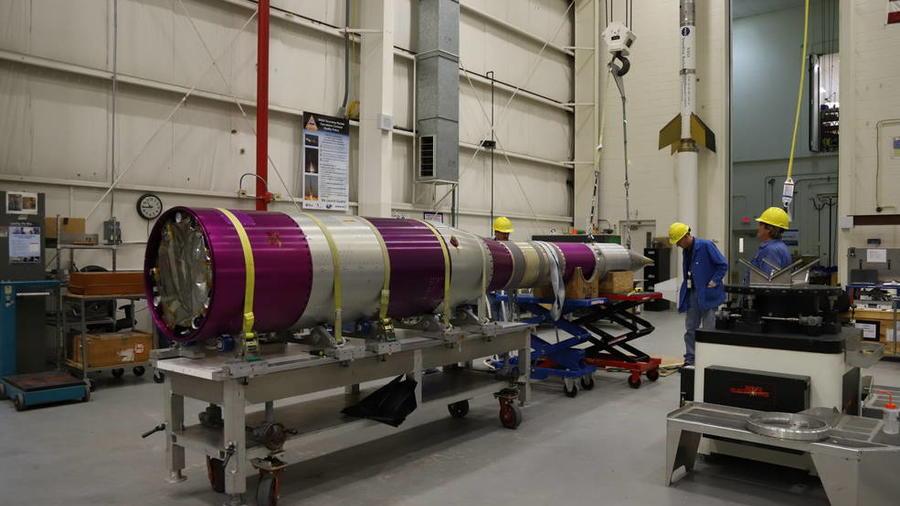 El paracaídas que la NASA tiene previsto aterrizar en Marte para futuras misiones