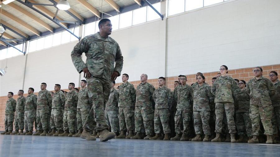 Los miembros de la Guardia Nacional de Texas, abril de 2018.