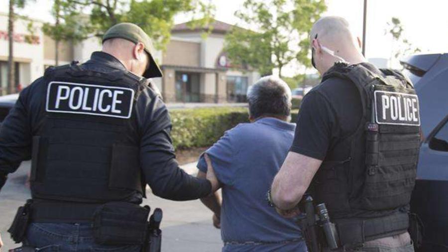 ICE anunció el arresto y eventual deportación de 33 presuntos violadores de los derechos humanos