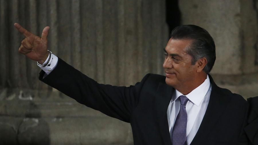 Jaime Rodríguez, El Bronco, antes del debate presidencial del domingo.