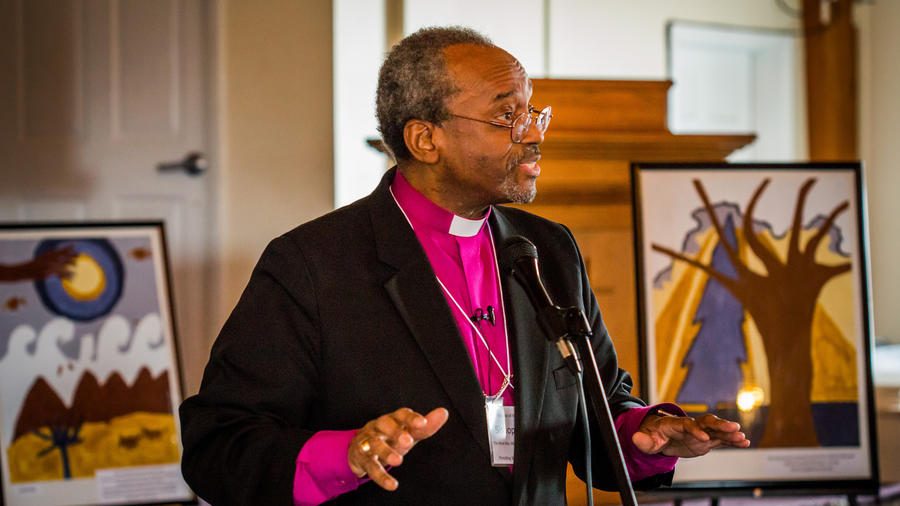 Obispo Michael Curry