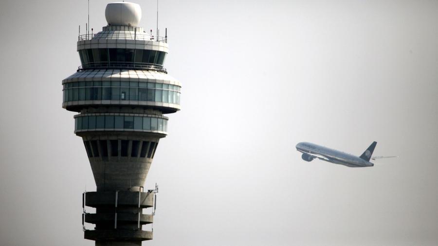 Imagen de archivo de un avión en un aeropuerto chino.