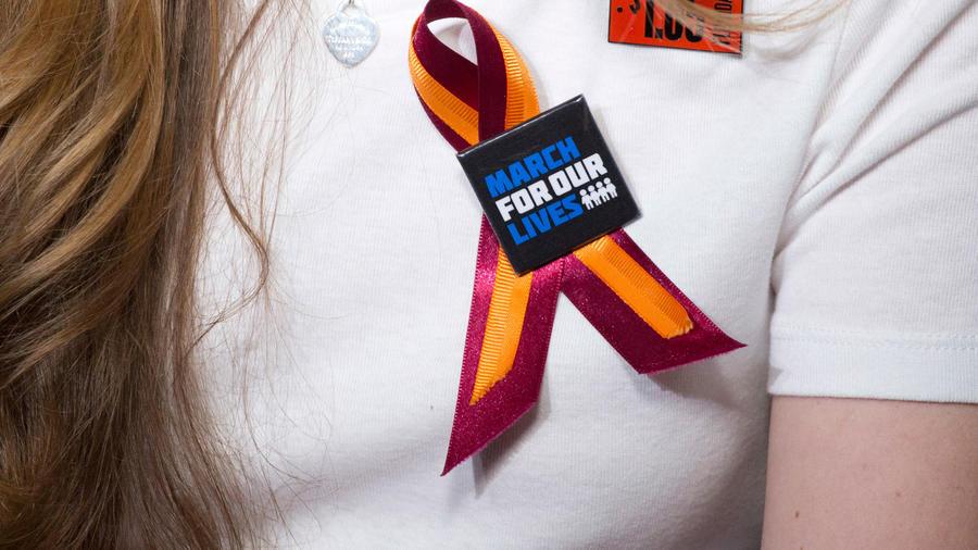 Camiseta de solidaridad en marcha pro víctimas de masacre en Parkland en una imagen de archivo
