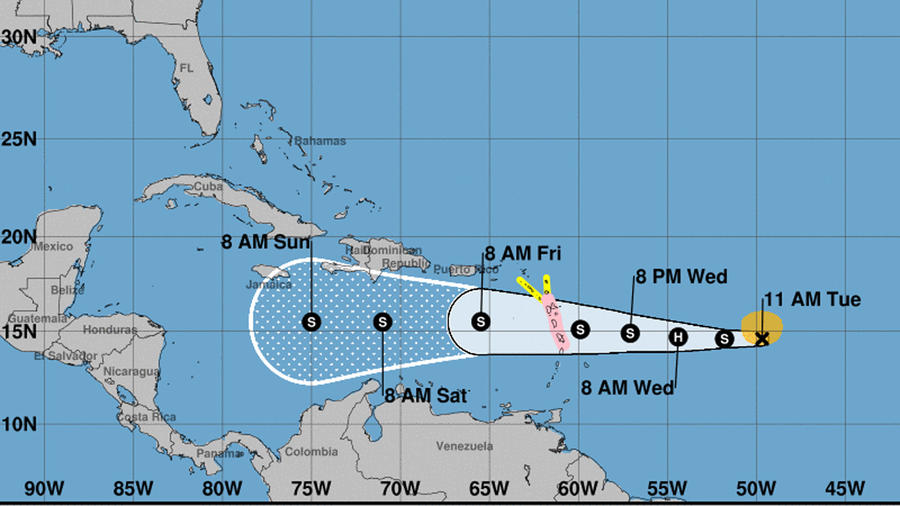 Mapa de la trayectoria de la tormenta Isaac que pronostica el Centro Nacional de Huracanes