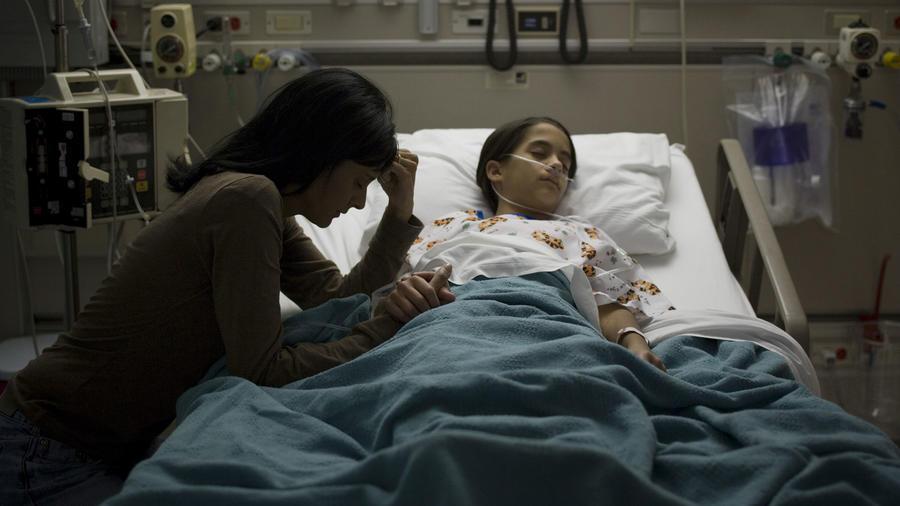 Niño en hospital