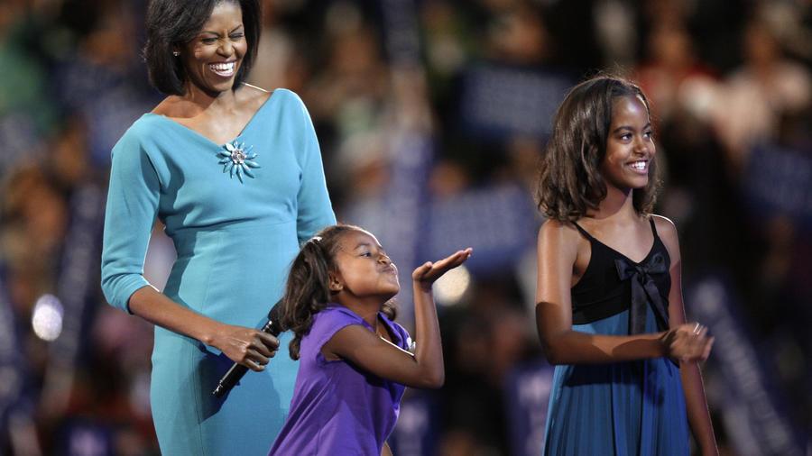 Sasha Obama, Michelle Obama, Malia Obama