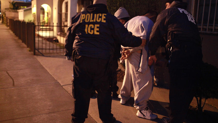 Imagen de archivo de una operación de ICE en California.