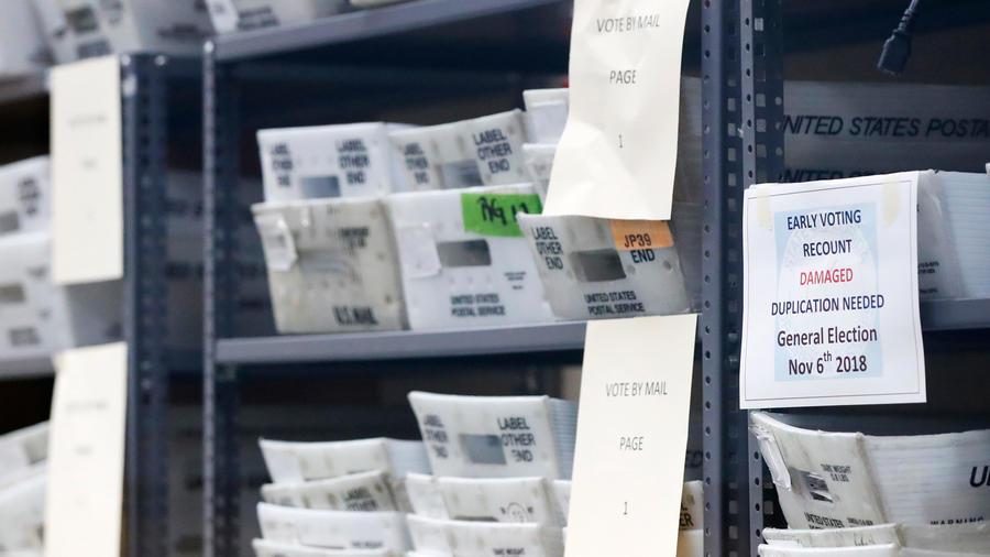 Boletas de elecciones en Florida para ser recontadas