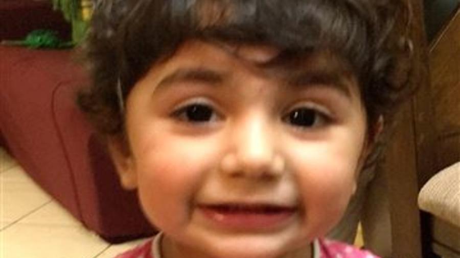 Zainab Mughal, de 2 años, una niña que lucha contra el cáncer en el sur de Florida, necesita un tipo de sangre extremadamente rara.