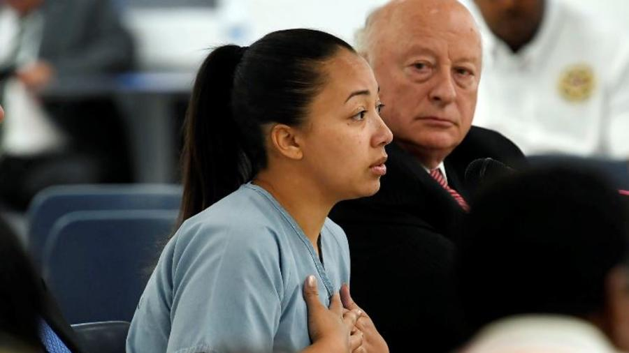 Cyntoia Brown el pasado mayo pide una segunda oportunidad en una audiencia de indulto en la prisión para mujeres de Tennessee en Nashville, Tennessee.