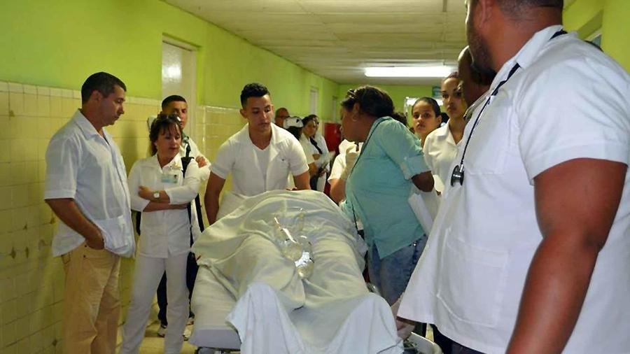 """Las heridos fueron llevados al hospital """"Agostinho Neto""""."""