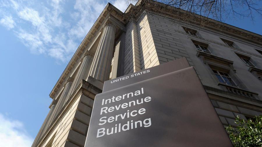 Fotografía de archivo del exterior del Servicio Interno de Impuestos de Estados Unidos en Washington.