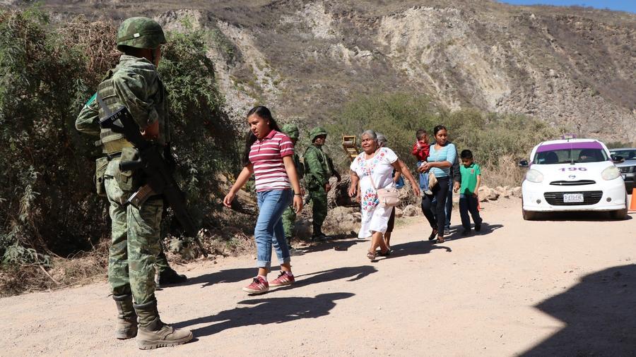 López Obrador pide que Guardia Nacional tenga un mando civil