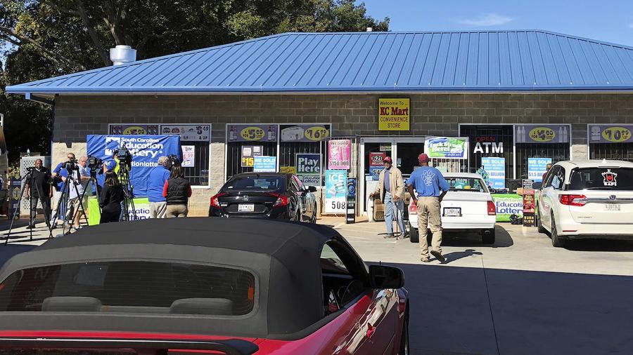 El establecimiento KC Mart en Simpsonville donde se vendió el boleto premiado, el 24 de octubre.