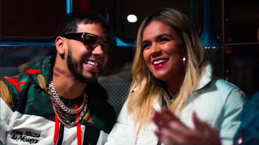 "Anuel AA and Karol G in ""Secreto"" video"