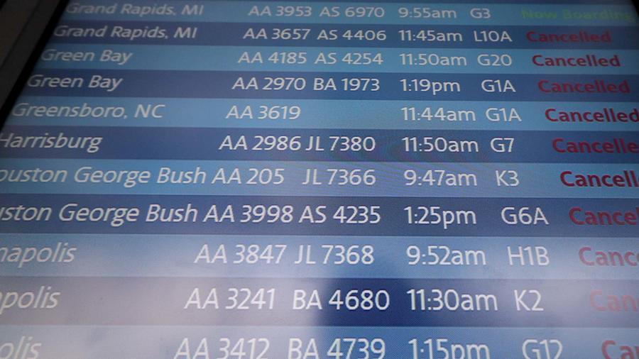 Foto de archivo de vuelos cancelados