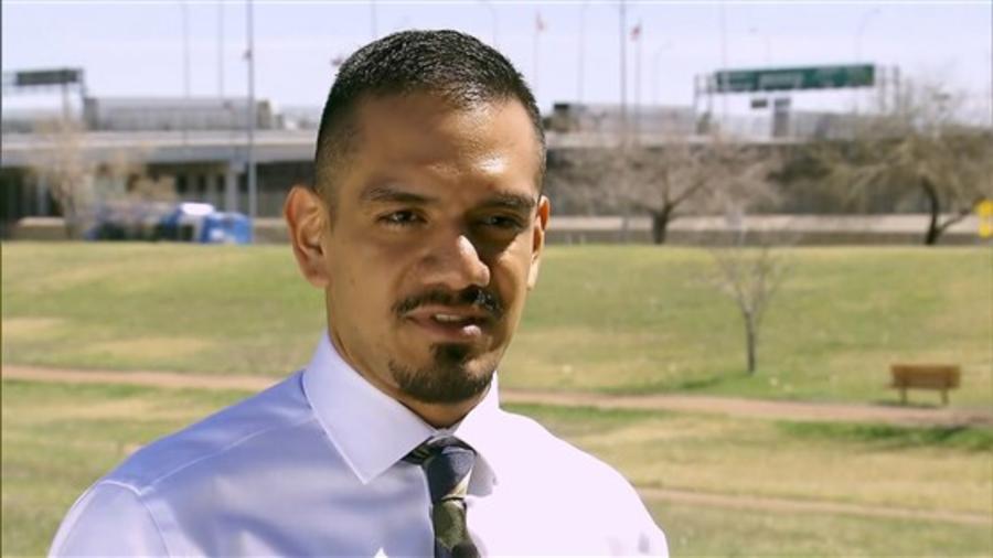Hector Ruiz, abogado del Proyecto Santa Fe Dreamers