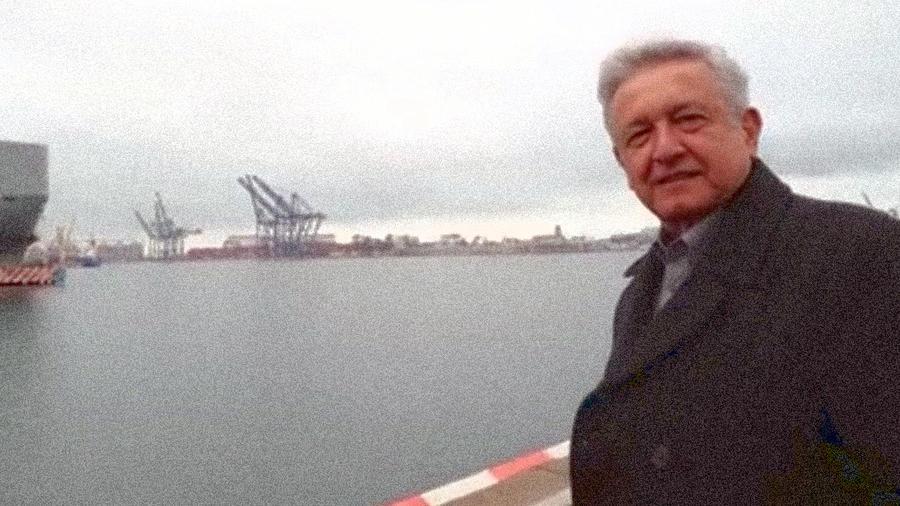 Vincular a López Obrador con Rusia resultó, a la larga, una pésima idea: el 18 de enero de 2018, AMLO lanzó un video que se volvió viral. La burla del candidato de Morena provocó una ola por todo el país que apuntaló su campaña. Imagen tomada del video de