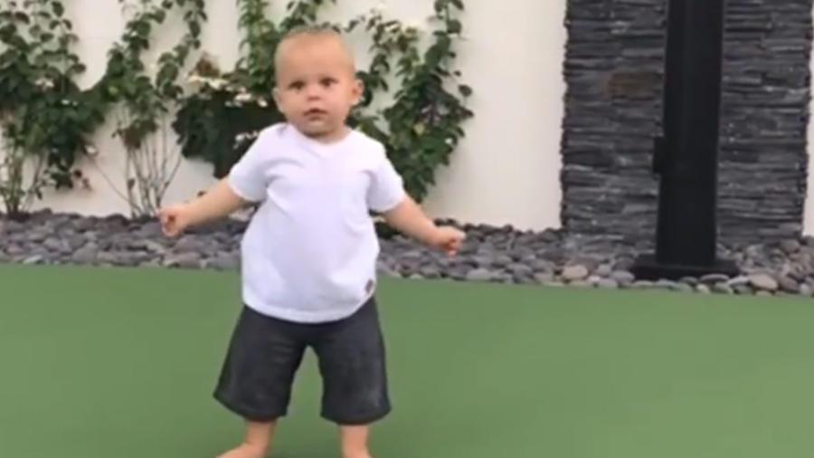 bebé de Enrique Iglesias
