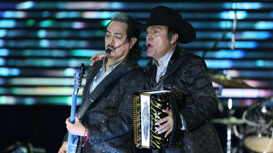 Los Tigres del Norte break Houston Rodeo record