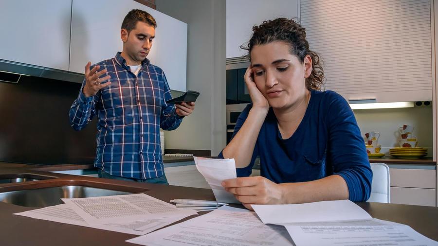 Familia en una crisis financiera