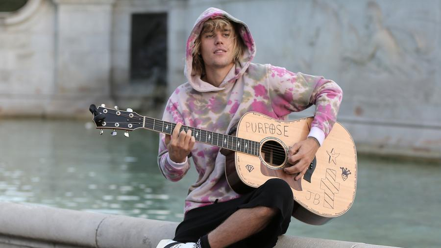 Justin Bieber teams up with YouTube