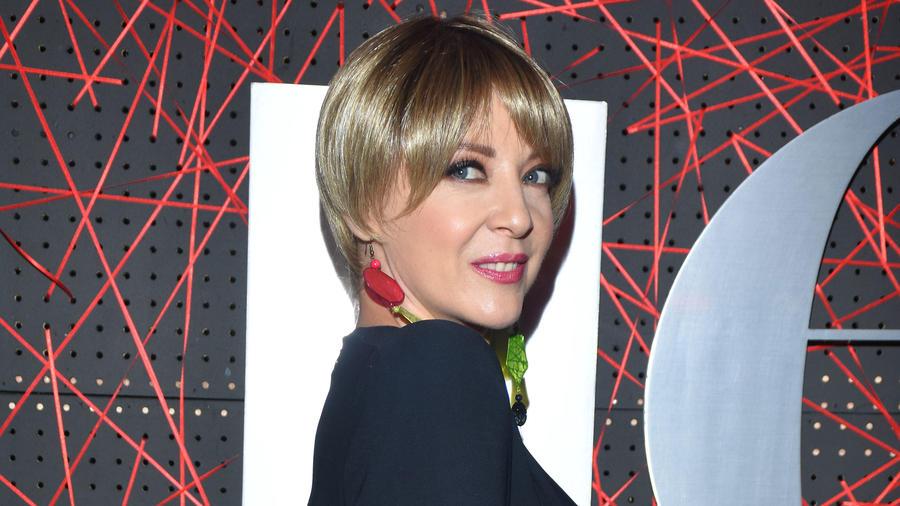 Edith González en la alfombra roja del aniversario de la revista Quien