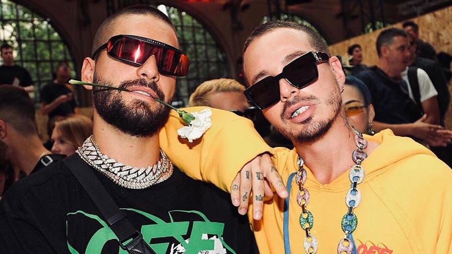 Maluma y J Balvin posando en una foto de Instagram en París, Francia, en junio de 2019