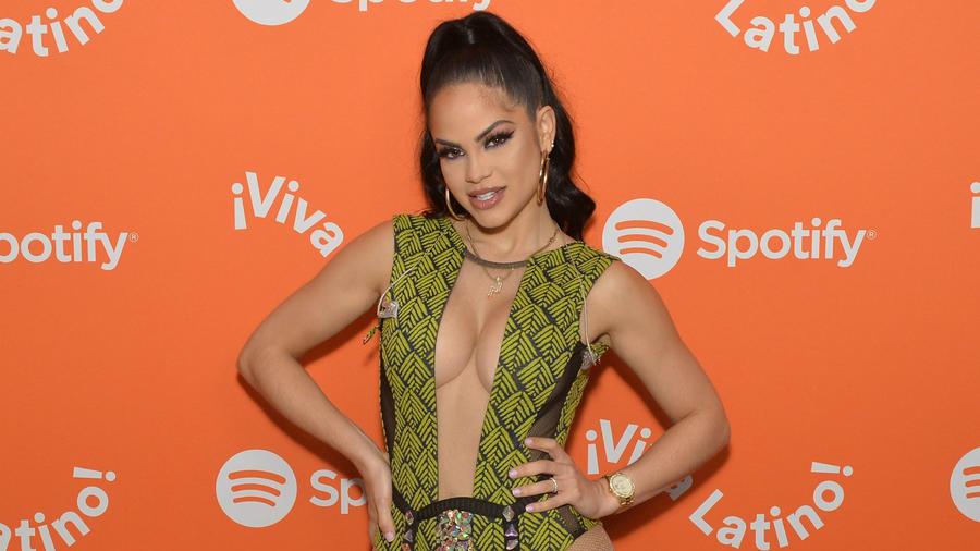 Natti Natasha en concierto Viva Latino