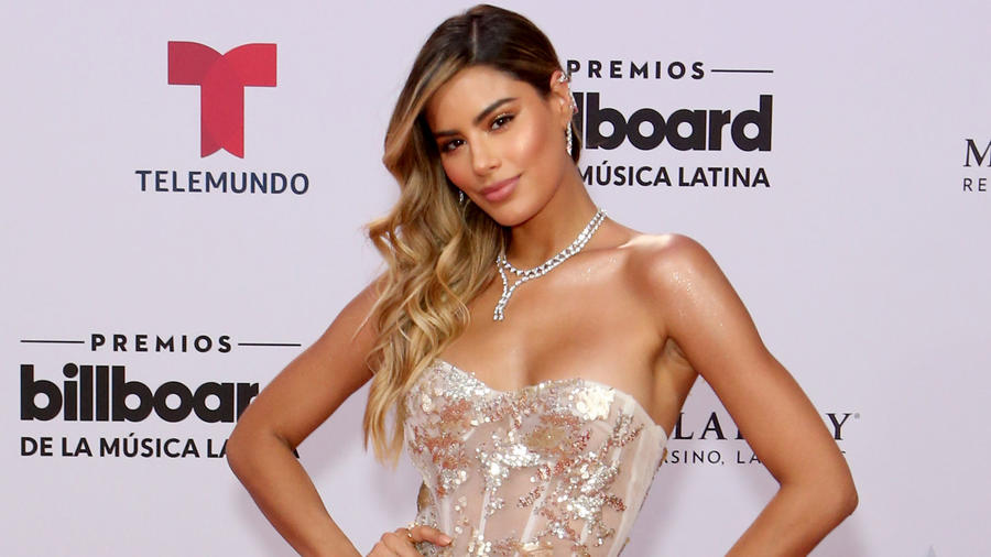 Ariadna Gutiérrez red carpet de los Billboard Latin Music Awards 2019