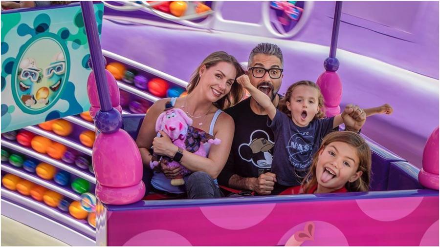 Jaime Camil y su familia