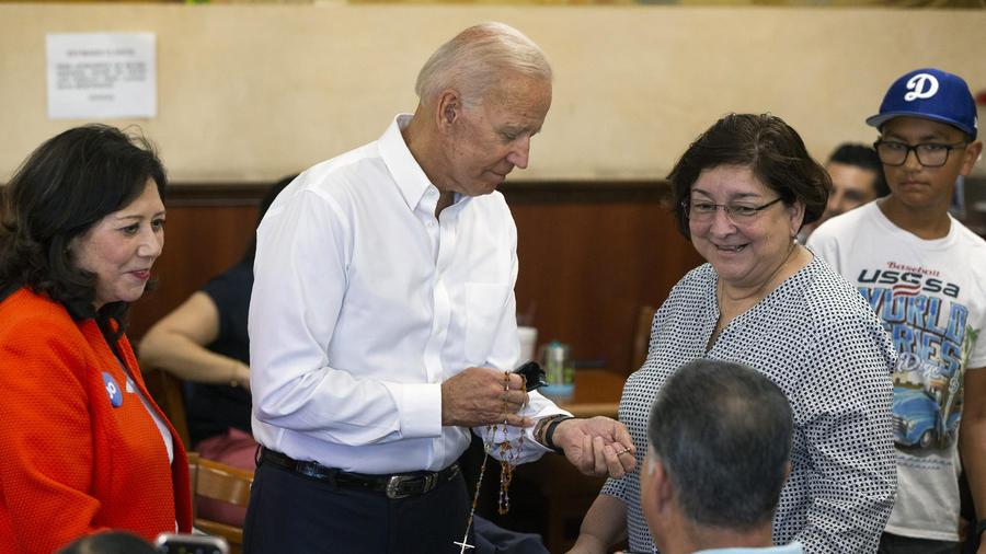 Hilda Solis,Joe Biden,Minerva Munguia-Sanchez