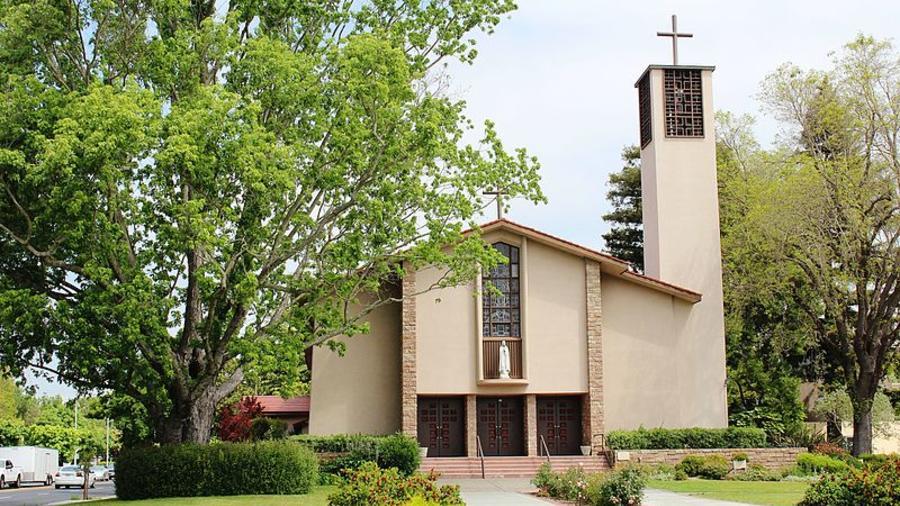 Catedral de San Eugenio en Santa Rosa (California).