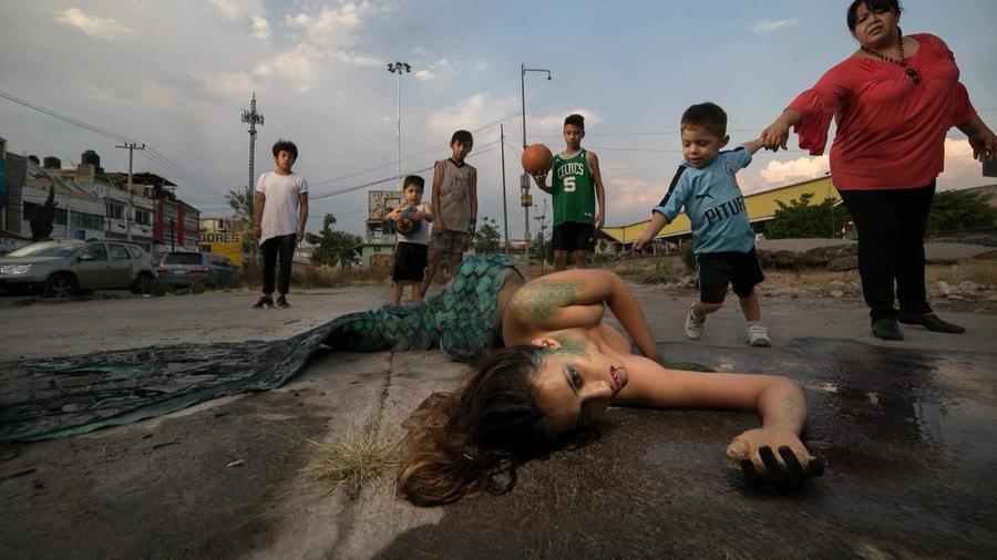Una imagen de la obra 'Sirenas', de Pablo Tonatiuh.