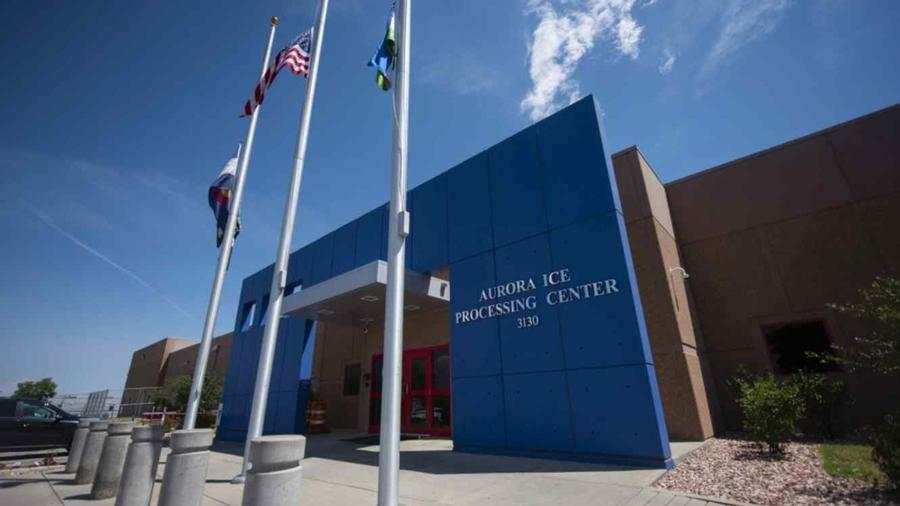 Imagen del centro de detención privado de Aurora, Colorado, administrado por Geo Group para ICE.